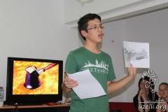 okan_presenting_turkey