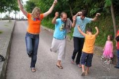 horona-gel-lets-dance